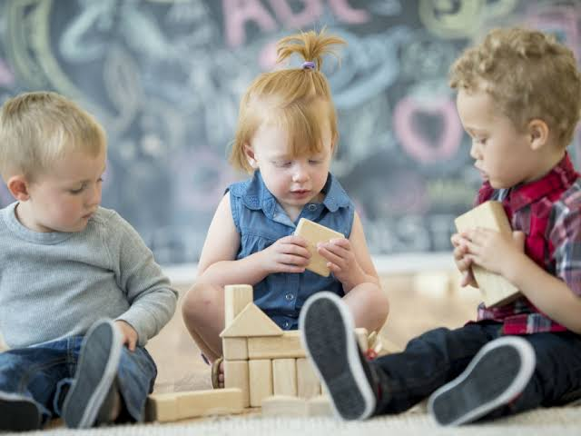 How to Choose the Right Daycare Center for Your Kid?