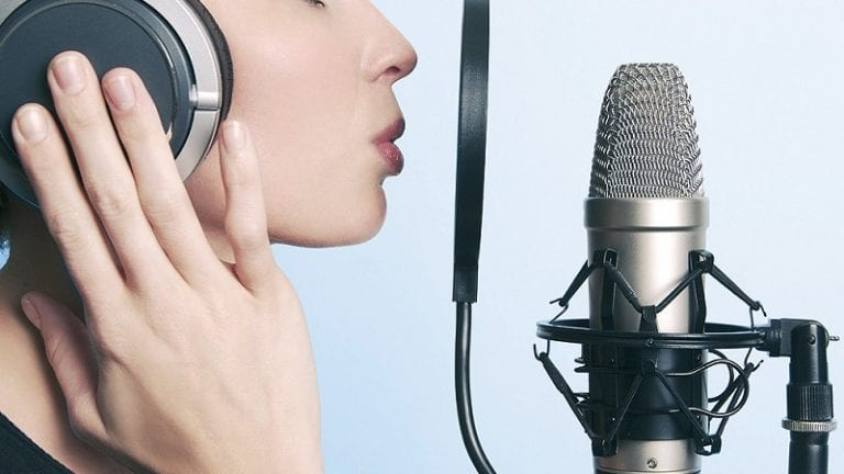 Benefits of Hiring Voice Over Services